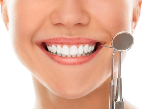 รายงานผู้ป่วย : การรักษาคลองรากฟันในฟันกรามล่างซี่ที่หนึ่งที่มีคลองรากฟันด้านกึ่งกลางใกล้กลาง (ทพญ.ผกาพร สารัตถะ)